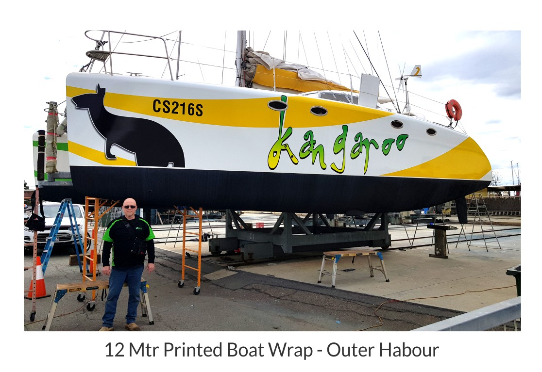 catamaran-printed-boat-wrap